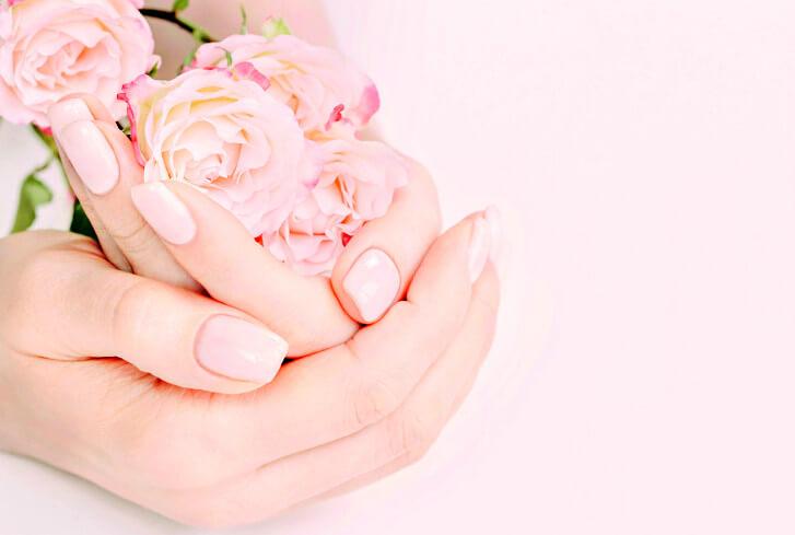 Natürlich schöne Fingernägel mit Kosmtikstudio Lins